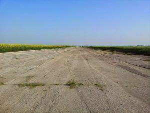 pas-startowy-lotnisko-ledziechowo