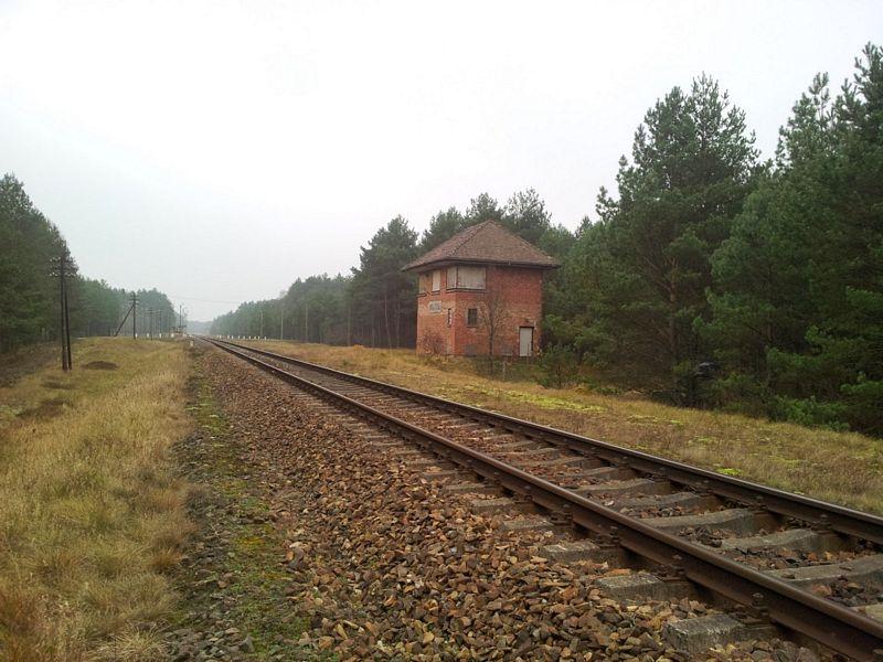 posterunek-kolejowy-stacja-wojtal